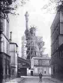 building_statute_of_liberty